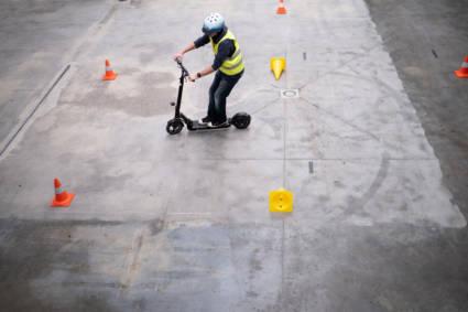 VSV elektrische voertuigen en skates in het verkeer